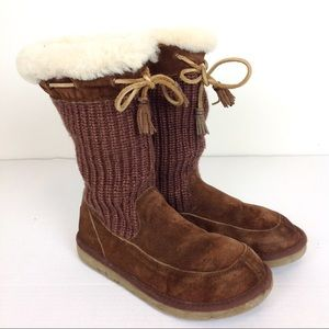 UGG Suburb Crocheted Boots 7